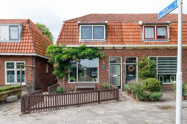 Jan Van Nassaustraat 16 in Sneek 8606 BB