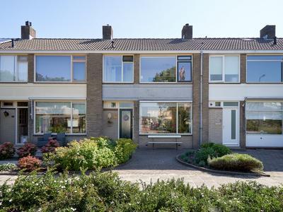 Lijsterlaan 90 in Alphen Aan Den Rijn 2406 GA