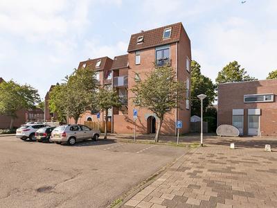 Hekbootkade 42 in Zoetermeer 2725 AR