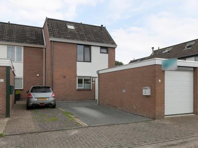 Van Echtenlaan 9 in Coevorden 7742 XC