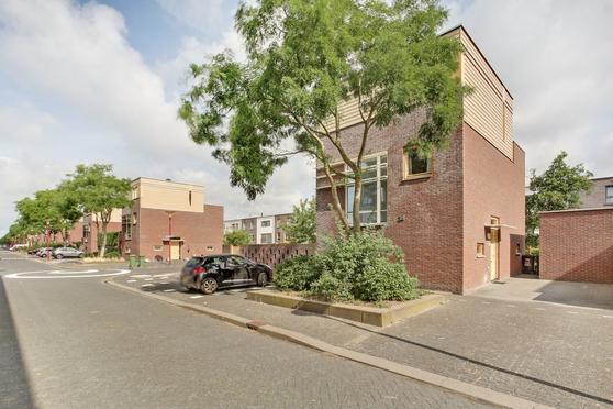 Boshoeve 15 in Nieuwegein 3438 LT