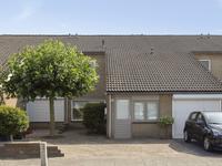 Barietdijk 208 in Roosendaal 4706 DE