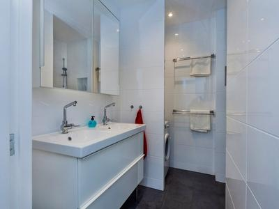 16 badkamer chassestraat 33-ii ams 28