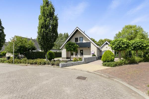 Montanusstraat 10 in Hellevoetsluis 3223 HL