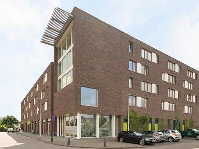 Noordplein 103 in Roelofarendsveen 2371 DJ