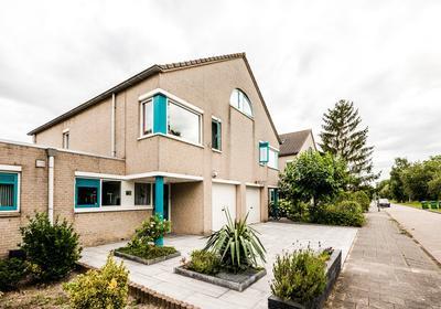 Petuniastraat 5 in Almere 1338 WV