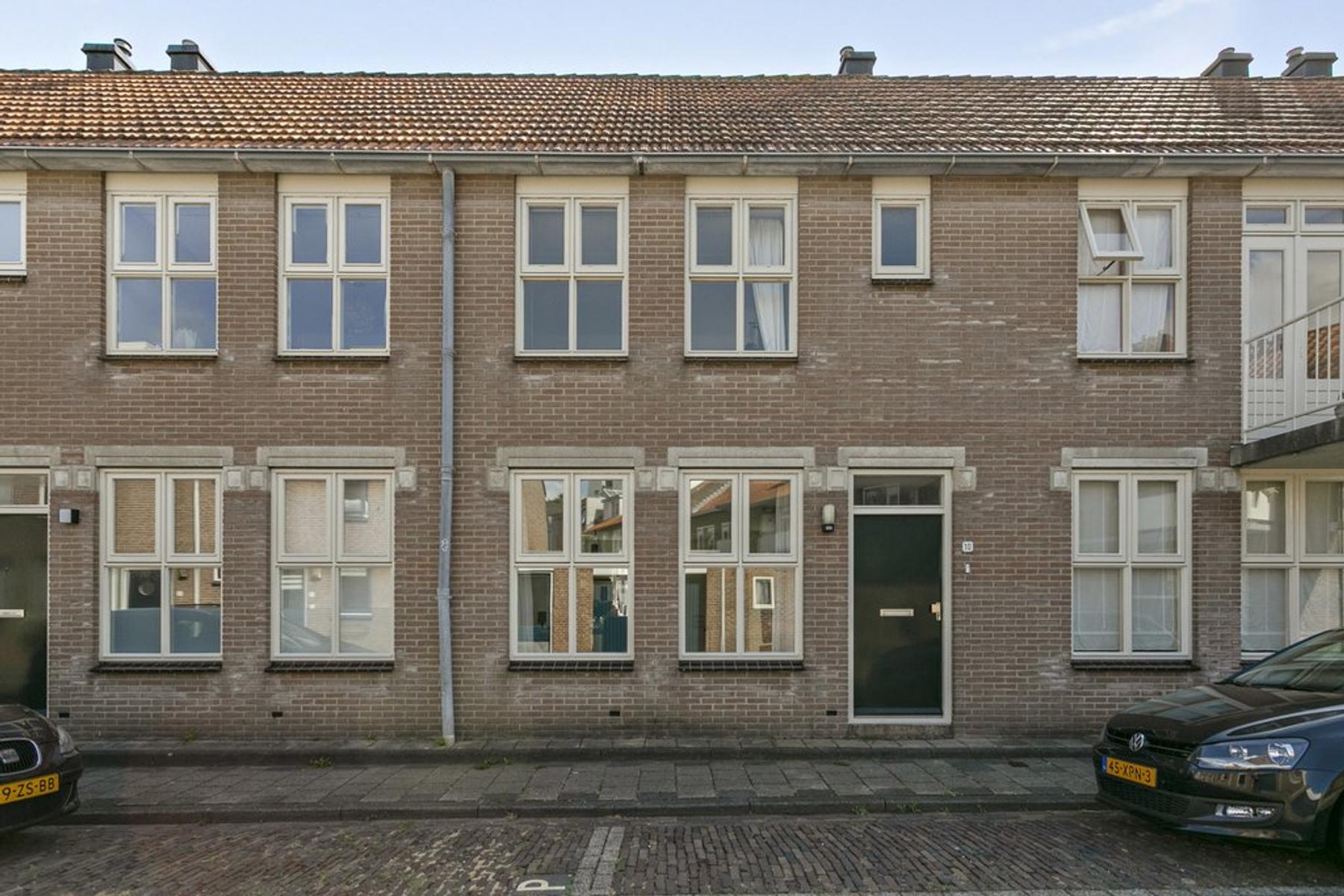 Korenstraat 10 in Vlissingen 4381 AK