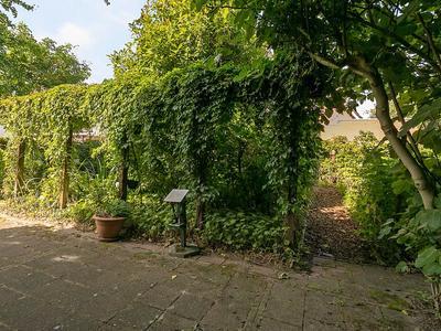 Bosboomplantsoen 34 in Oosterhout 4907 NT