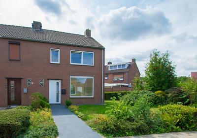 Johan Evertsenstraat 2 in Landgraaf 6372 XB