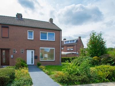 Johan Evertsenstraat 2 in Landgraaf 6372 XB