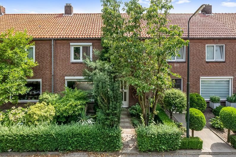 Jan Van Amstelstraat 53 in Gemert 5421 ER