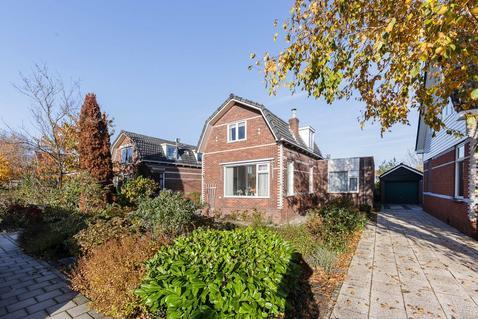 Van Beekstraat 61 in Landsmeer 1121 NG