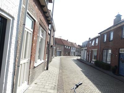 Burg. Maarleveldstraat 16 in Biervliet 4521 BJ