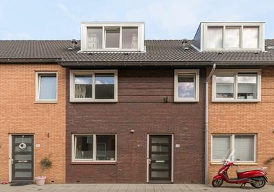 Smitsdijk 10 in 'S-Gravenhage 2497 WP