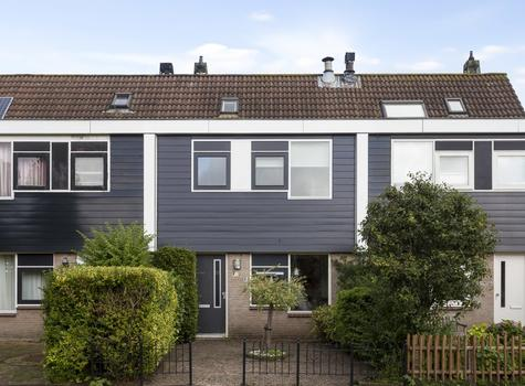 Vossestaart 38 in Wilnis 3648 HS