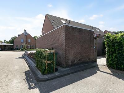De Waring 16 in Hoogeveen 7908 LE