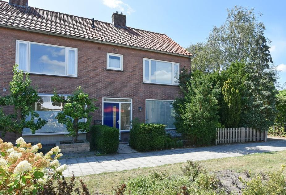 Oranjelaan 17 in Den Hoorn 2635 JK