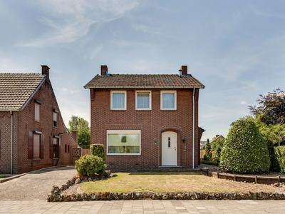 Dorpsstraat 66 in Roermond 6042 LC