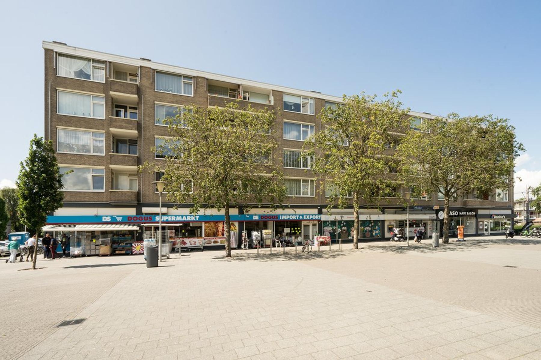 Kerstendijk 23 in Rotterdam 3079 ET
