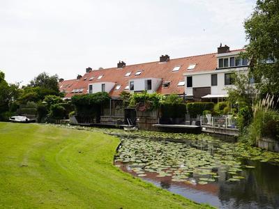 Waterlelie 38 in Naaldwijk 2671 WE