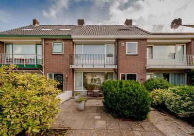 Van Der Valk Boumanweg 22 in Leiderdorp 2352 JC