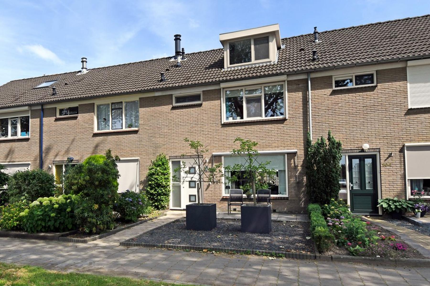 Klokbekerweg 106 in Elburg 8081 JH