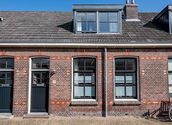 Nutstraat 11 in Harlingen 8861 XN