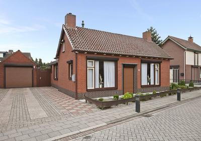 Margrietstraat 39 in St. Willebrord 4711 HL