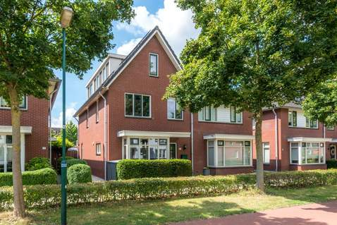 Hollandsspoor 10 in Houten 3994 VV