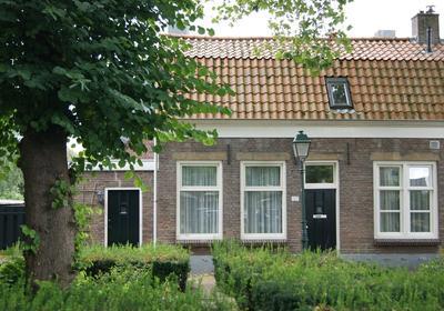 Zuidwal 127 in Geertruidenberg 4931 DC