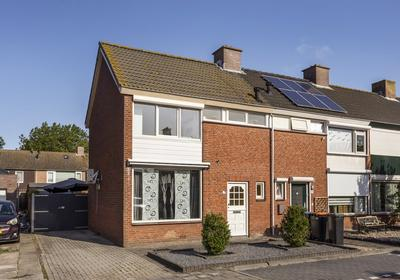 Am De Jongstraat 13 in Nieuw-Vossemeer 4681 AJ