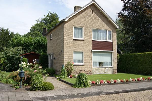 Koningstraat 113 in Raamsdonksveer 4941 GV