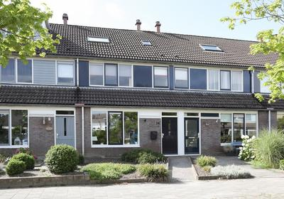 Naardenstraat 14 in Emmeloord 8304 EJ