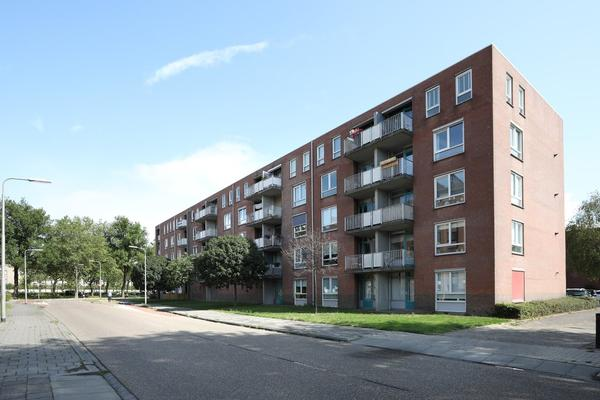 Staalstraat 178 in Emmeloord 8301 XX