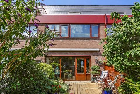 Wassenaer Van Obdamstraat 63 in Maassluis 3143 KK