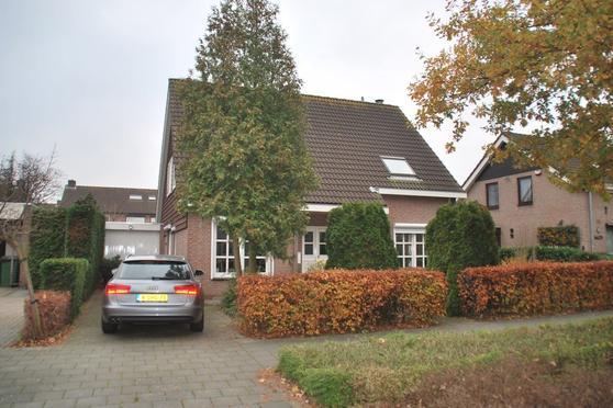 Klundertseweg 7 in Zevenbergen 4761 PR