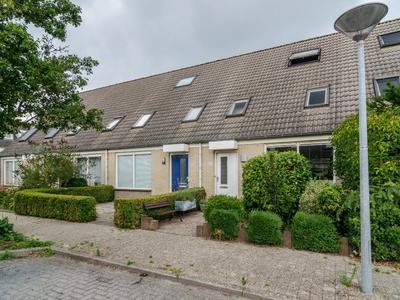 Dvorakhof 24 in Hoorn 1628 SX