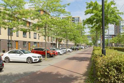 Avenue Carre 209 in Barendrecht 2994 EC