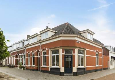 Korenbeursplein 4 in Bergen Op Zoom 4611 PS