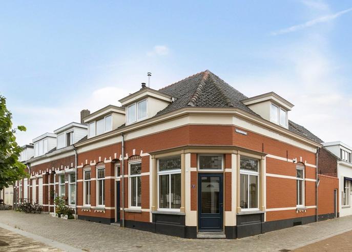 Korenbeursplein 4 in Bergen Op Zoom 4611 PS