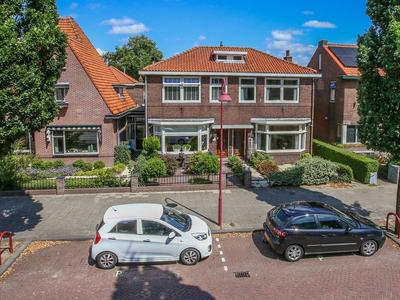 Oranjelaan 15 in Bodegraven 2411 VW
