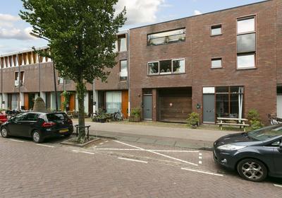 J.F. Van Hengelstraat 79 in Amsterdam 1019 TB