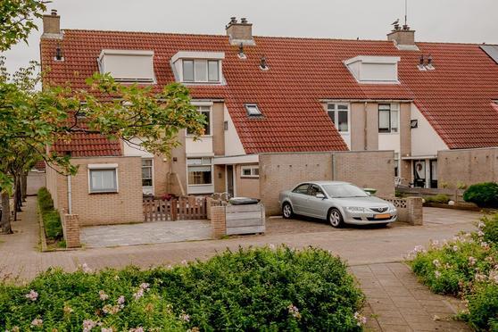 Zuiderkruis 20 in Katwijk 2221 NV