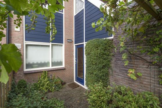 Flintdijk 96 in Roosendaal 4706 JV