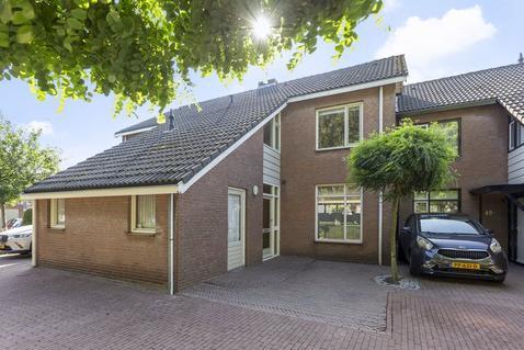 Lange Tiende 42 in Rijsbergen 4891 WZ