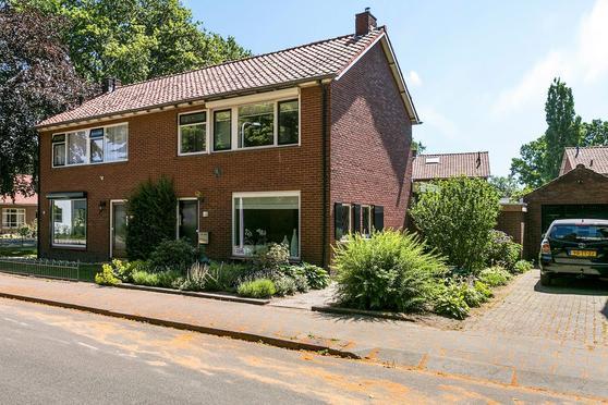 Pastoor Sandersstraat 9 in Lichtenvoorde 7131 BT