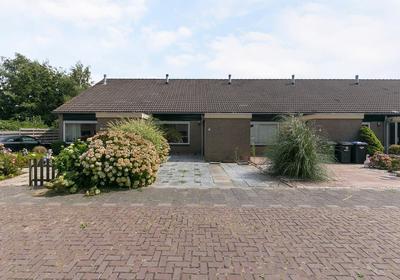 Karveel 15 44 in Lelystad 8231 AX