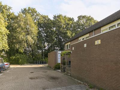Heliotroopdijk 112 in Roosendaal 4706 JL