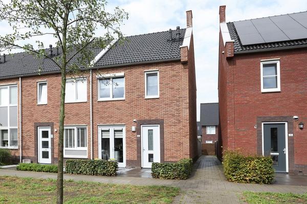 Waard 13 in Kampen 8266 LV