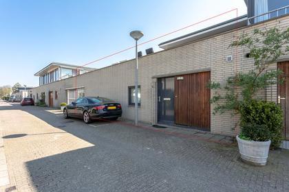 Haya Van Someren-Downerstraat 21 in Amsterdam 1067 WP